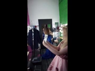 Подготовка к фотосессии Мисс Максимилианс