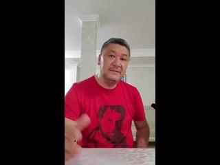 Житель Казахстана, воспитанный в лучших традициях русской культуры, обратился к Путину и российскому народу.