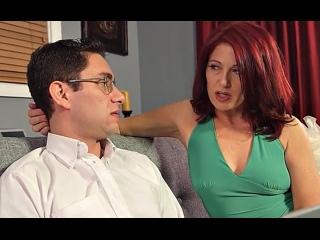 ПОРНО -- ЕЙ 51 -- ЗРЕЛАЯ РЫЖАЯ НАЧАЛЬНИЦА РЕЛАКСИРУЕТ С ЮНЦОМ -- mulf mature porn sex --  Dana Devereaux