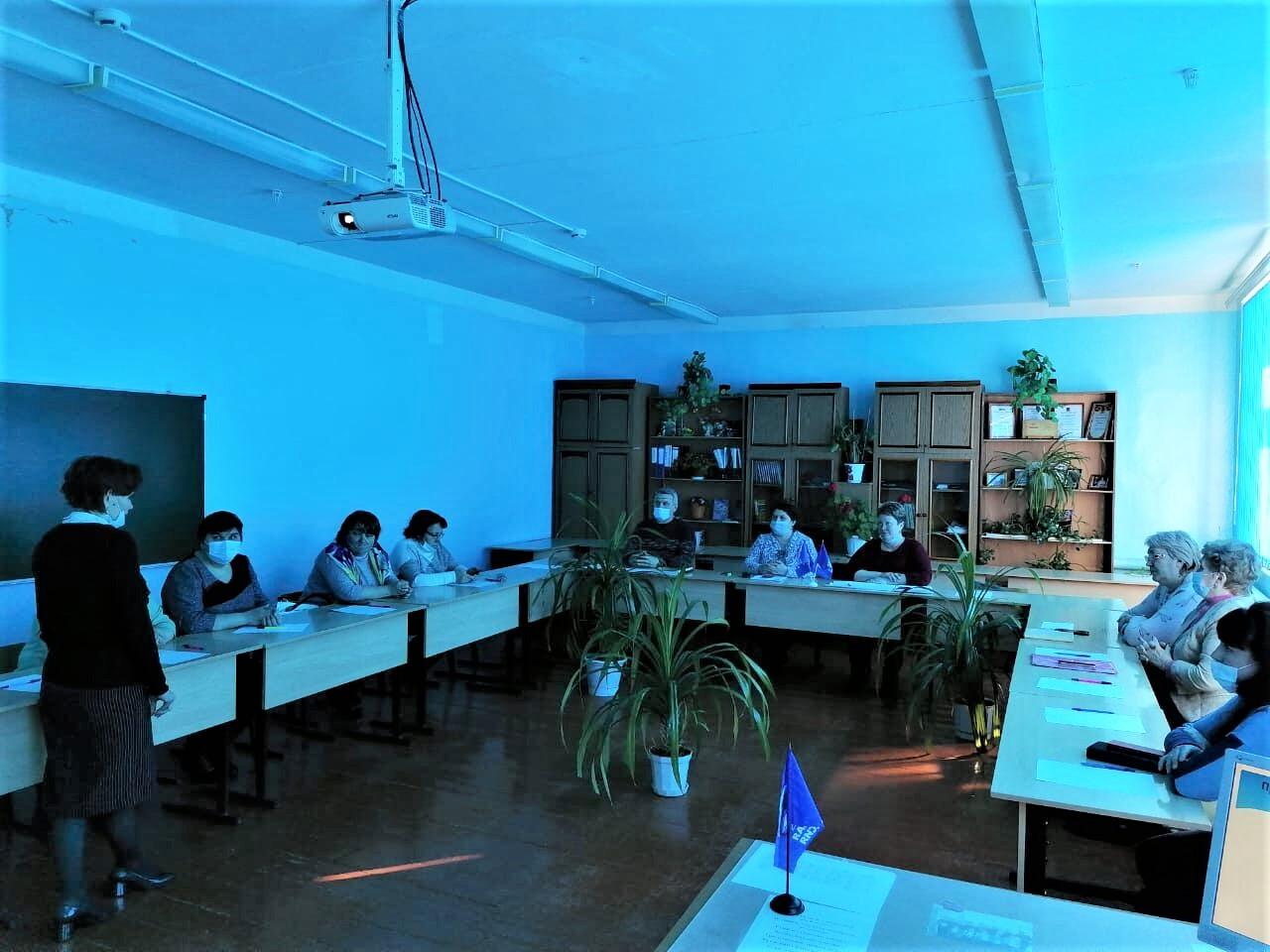 Организацию горячего питания петровских школьников обсудили на семинаре