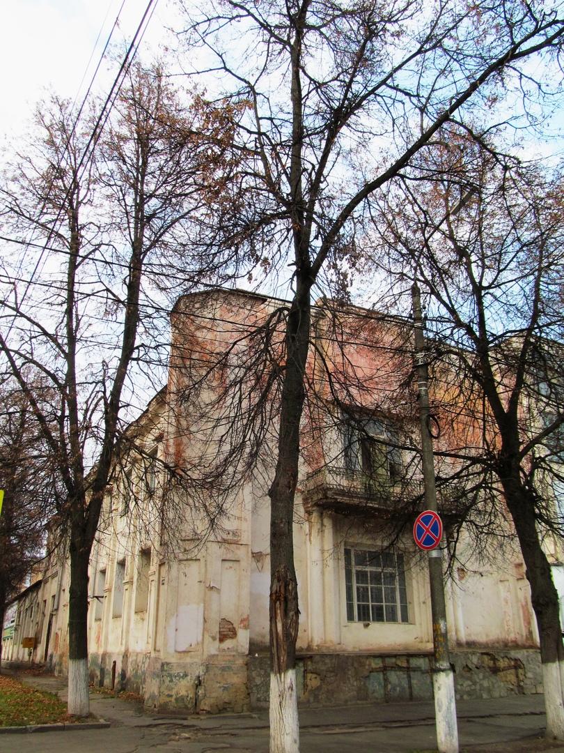 «Дом ротмистра Могилевцева» на улице Введенской, изображение №7