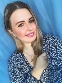 Катя Воеводова