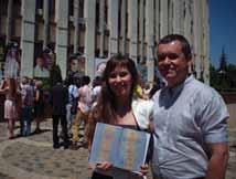На вручении диплома врача. Мареева Софья и ее папа – врач