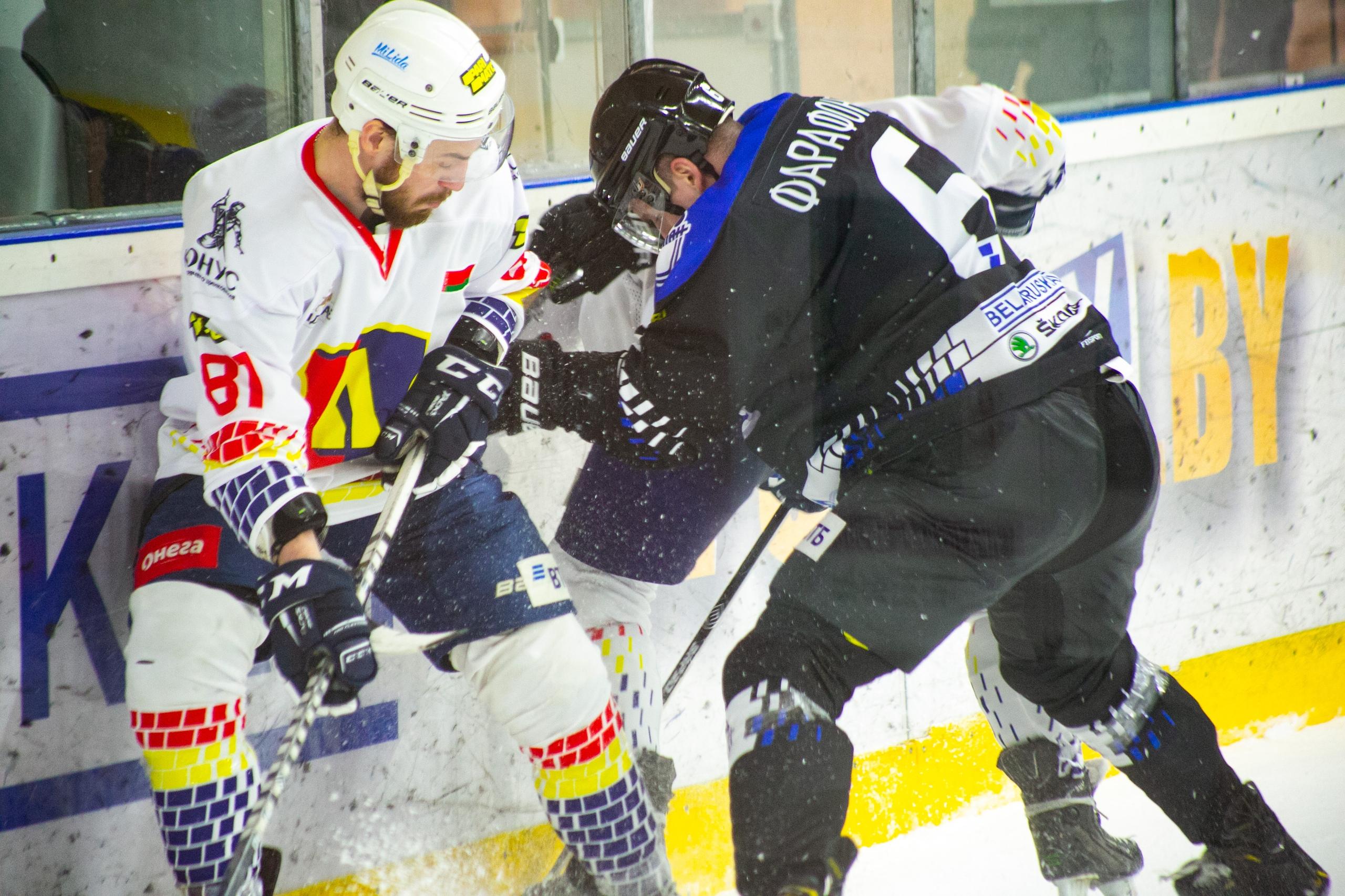 Хоккейный клуб «Лида» на выезде уступил новополоцкому «Химику».