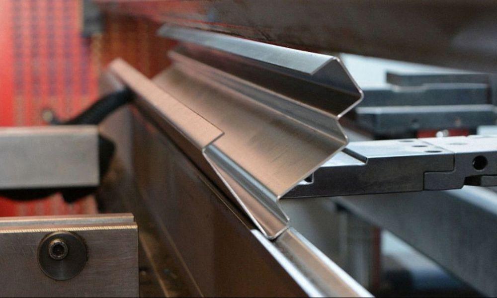 Услуги по гибке листов металла на заказ