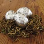 Имитация античного серебра на пасхальных яйцах своими руками