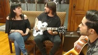 Cantando Luna y Nada Valgo Sin Tu Amor con Juanes