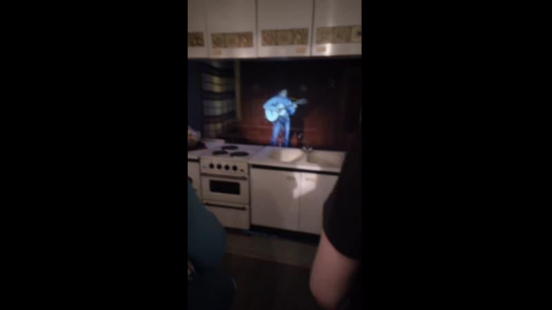 Голограмма в интерьере кухни Высоцкого