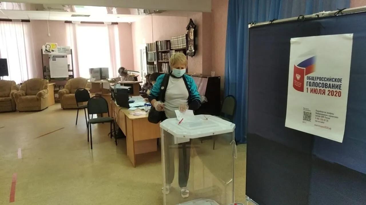 В Петровском районе продолжается голосование по внесению поправок в Конституцию Российской Федерации